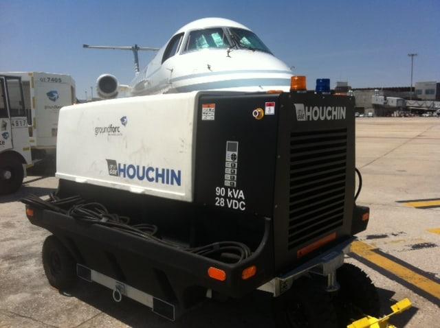 Houchin 4400 in Madrid – Supplying an Embraer ERJ-145