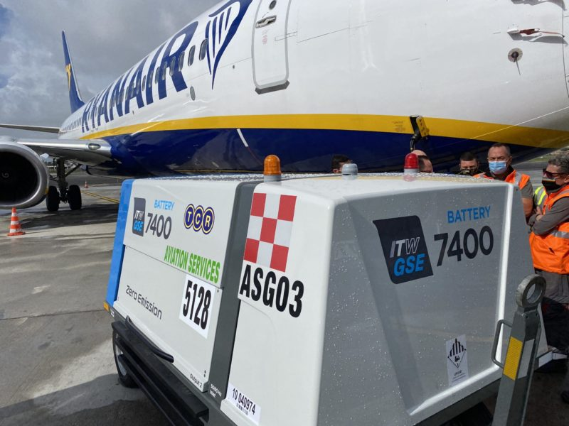 ITW GSE 7400 eGPU Ciampino Airport, Italy